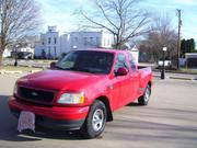 Ford 2000 Ford F-150 XLT Extended Cab Pickup 4-Door